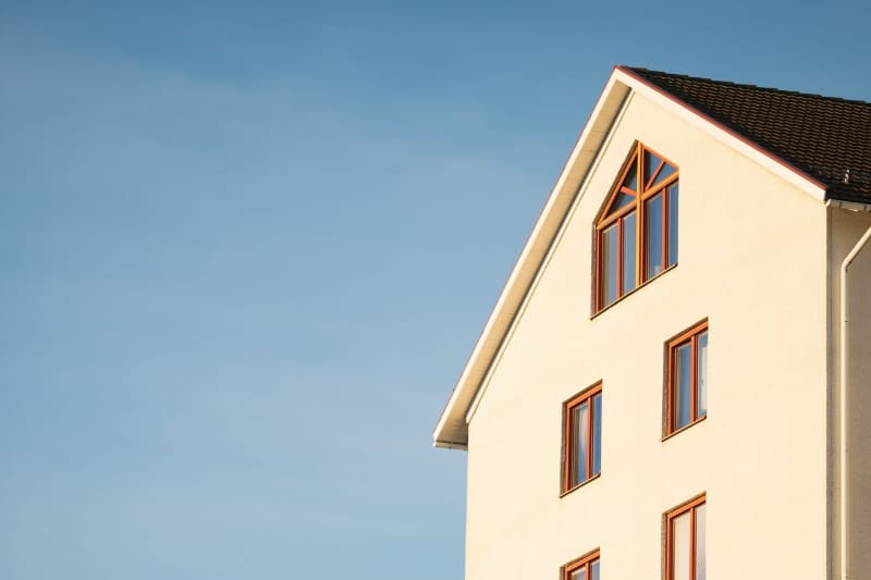 House with sky - Home insurance service